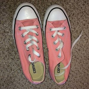 Pink Converse Sneakers Womens 6 or Men's 4